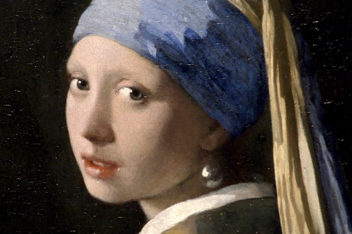 "Ausschnitt des berühmten Ölgemäldes """"Das Mädchen mit dem Perlenohrring"""" des holländischen Barockmalers Jan Vermeer van Delft - ARTE France © Martange Production"