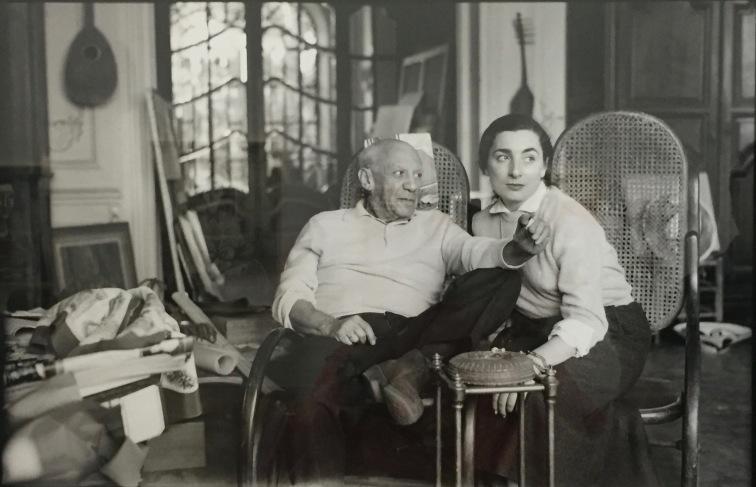 Picasso und Jacqueline in La Californie - Foto nicht datiert © starkandart.com