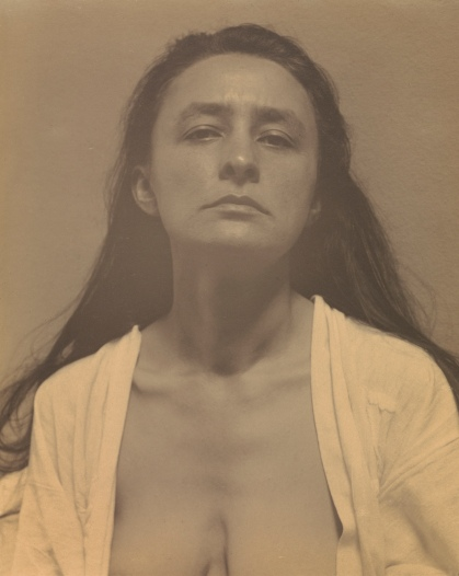 Alfred Stieglitz (1864-1946) Georgia O'Keeffe, 1918. Photograph, palladium print on paper 243 x 192 mm. The J. Paul Getty Museum, Los Angeles © The J. Paul Getty Trust