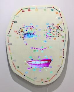 Tony Oursler, Ext (white), 2016, Galerie Hans Meyer © starkandart.com