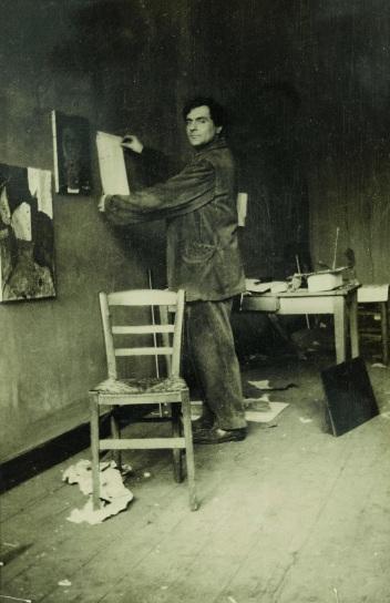 Modigliani in seinem Studio, ca. 1915